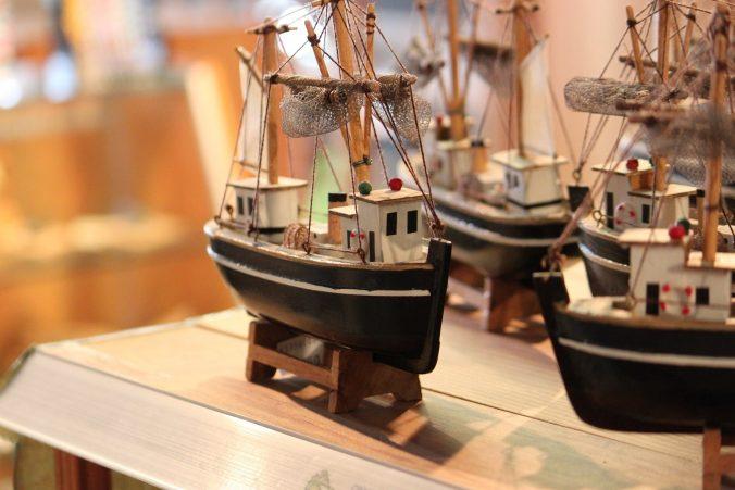 boat-1000854_1920